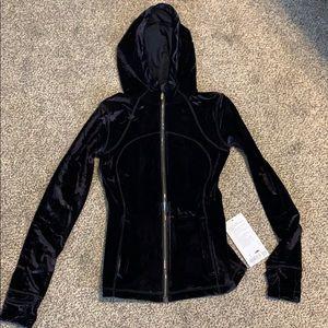 Define hooded jacket *velvet